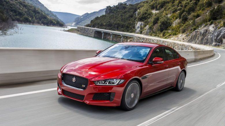 Jaguar XE 2017 parte de R$ 181.560
