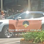 Jeep Compass 2017 é flagrado sem camuflagens