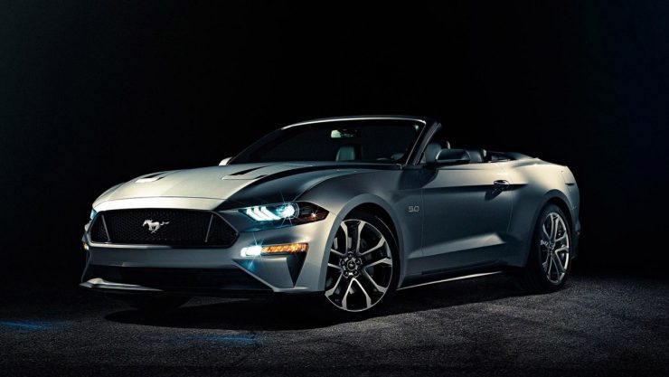 Ford Mustang GT Convertible - ingot silver