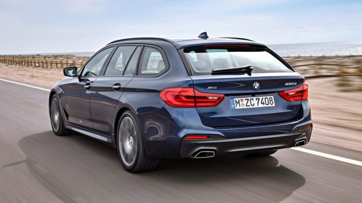 2018-BMW-5-Series-Touring-37