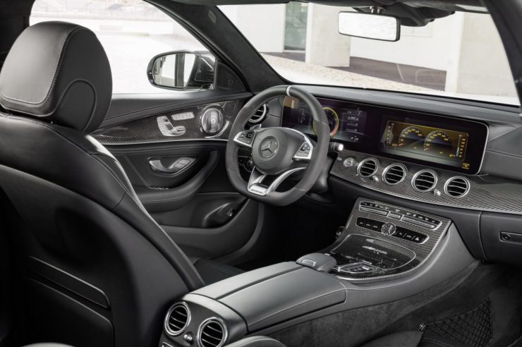 2018-Mercedes-AMG-E63-Wagon-18
