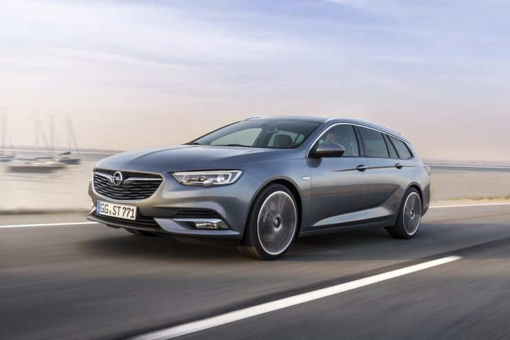 Opel-Insignia-Sports-Tourer-04