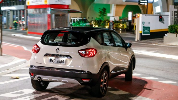 Renault-Captur-2018-18