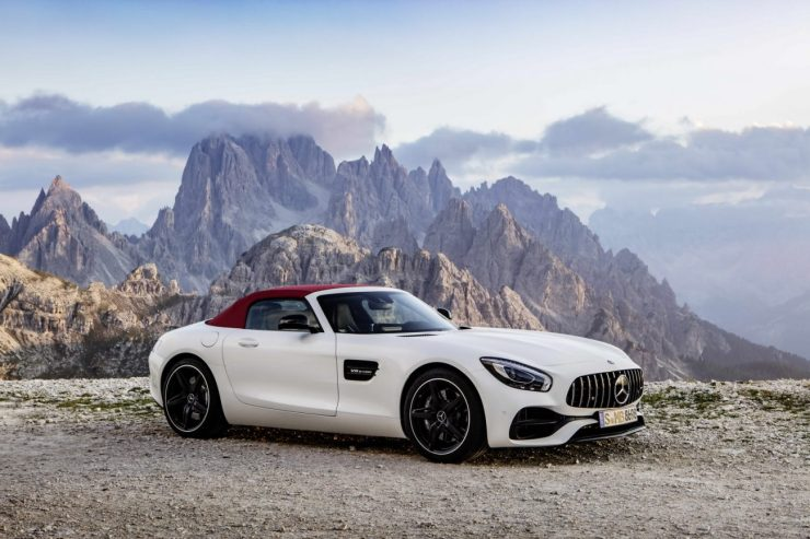 2017-MercedesAMGGT-Roadster-21