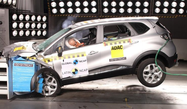 crash-test-renault-captur-brasil-1-e1496849132858