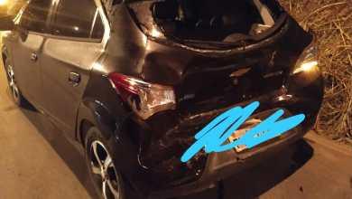 Photo of Carro bate na traseira de outro carro em quebra-molas na Av. Castelo Branco