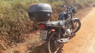 Photo of Bandidos envolvidos em homicídios, roubam motocicleta no Paraíso e batem em viatura da PM próximo ao Nova Viçosa