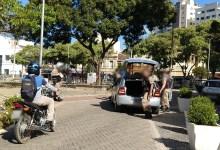 Photo of Policial realiza disparos de arma de fogo após homem tentar atropelá-lo na Praça Silviano Brandão