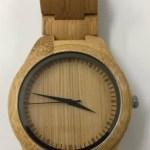 河野太郎(外務大臣)の腕時計が気になる!メーカーや価格は?