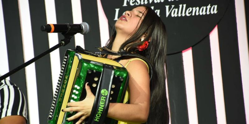 Reina Vallenata Mayor Loraine Lara. Ganadores del Festival Vallenato