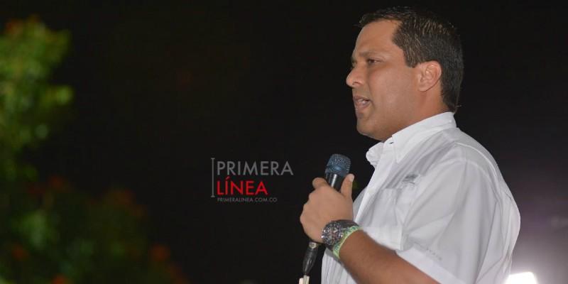 LUIS ALBERTO MONSALVO_REUNIÓN
