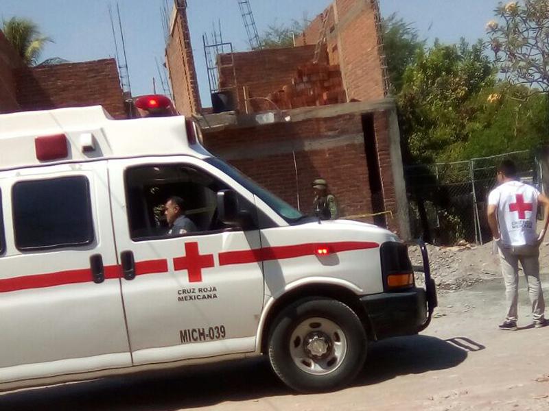 ambulancia cruz roja obra negra