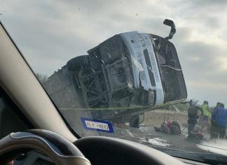 dormita-y-vuelca-autobus-en-autopista-reynosa-monterrey-1-muerto-y-20-heridos