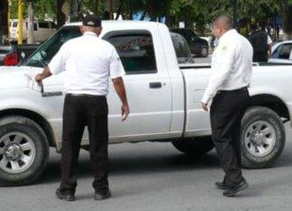 Dan de baja a 15 agentes viales por reprobar exámenes de confianza