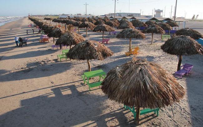 Ofrecen una Playa Bagdad limpia para visitantes