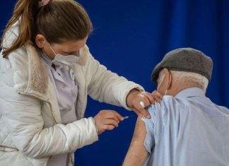 Conoce más sobre los efectos de la vacuna AstreZeneca