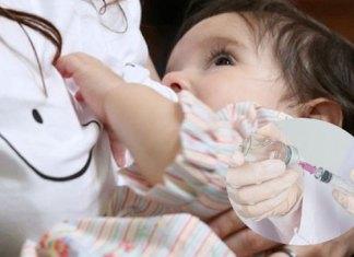 Mujeres lactantes vacunadas con Pfizer transmiten anticuerpos a bebés: estudio