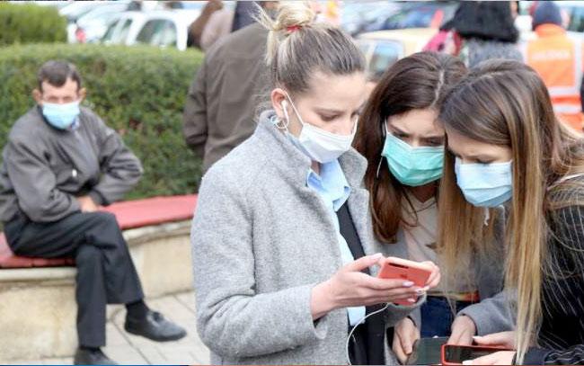 Reporta USA aumento de contagios de la nueva sepa covid-19 en personas más jóvenes