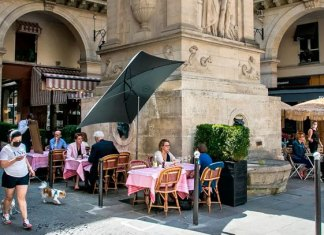 Francia pone fin al cubrebocas obligatorio al aire libre