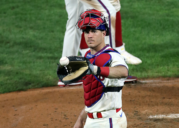 Phillies bring back J.T. Realmuto
