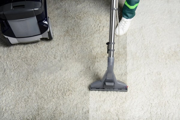 Carpets looking dingy? Before hiring the first carpet cleaner you find, read these tips for hunting for the best carpet cleaner.