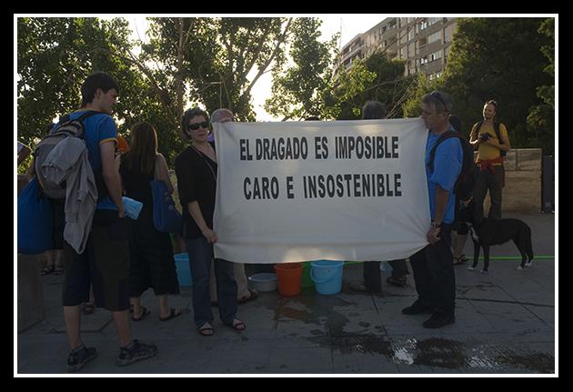 Concentración contra el dragado del Ebro jueves 3 julio
