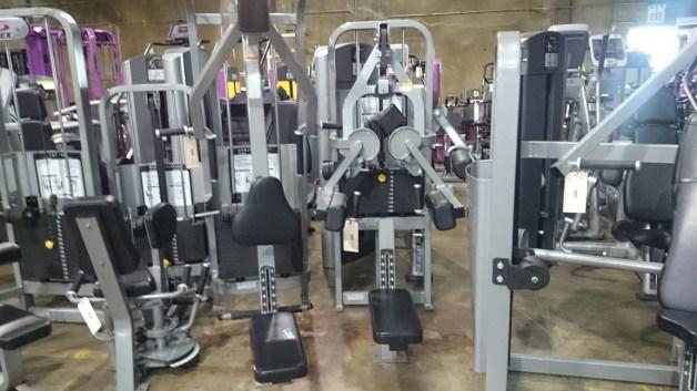 Cybex VR2 Strength Line 4