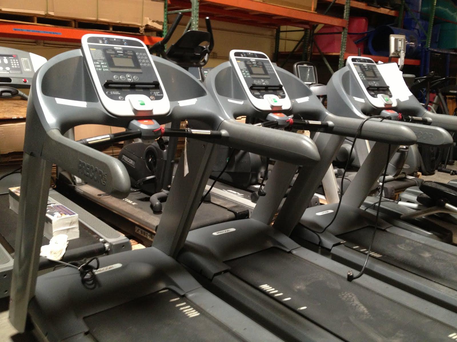 Precor 956i Treadmill