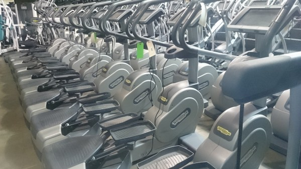 Technogym Cardio Wave 1