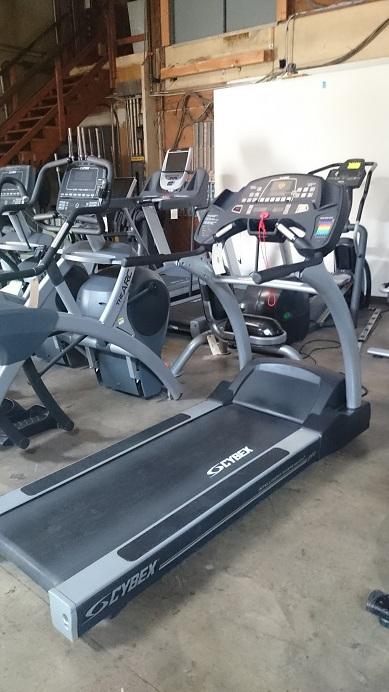 Cybex 550T Treadmill 2