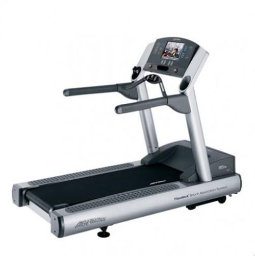 Life Fitness 95Te Treadmill