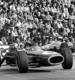 rbe740 powered here ahead of jim clark s lotus 33 climax fwmv 2 litre dnf  [ 1245 x 807 Pixel ]