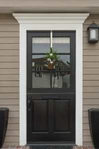 Decorating The Front Door Of Your Apartment | Primrose ...