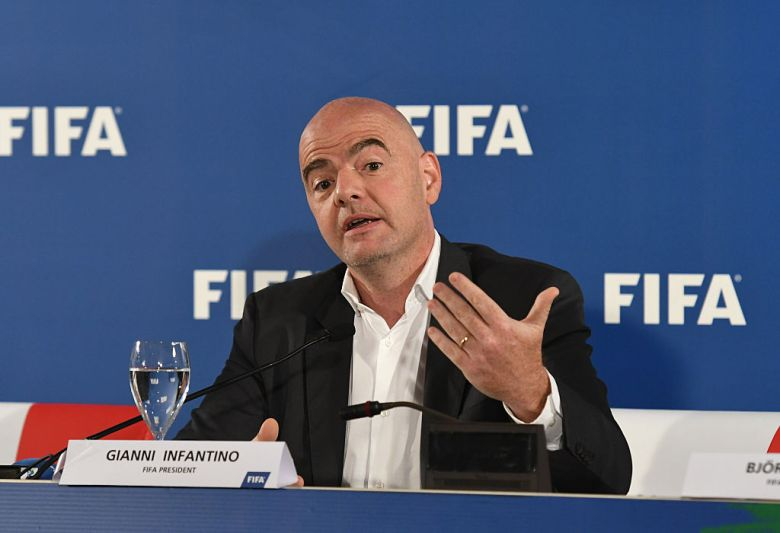 "FIFA First ""offline"" VAR test in Bari - Press Conference"