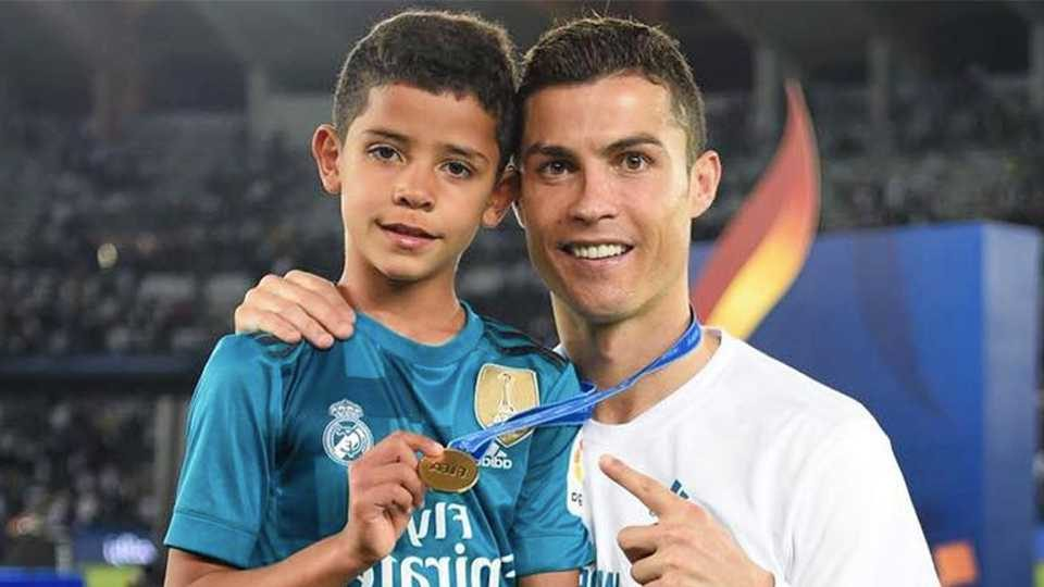 Motivul trist pentru care Cristiano Ronaldo Jr. e batjocorit de colegii săi . Sursă foto: goal.com