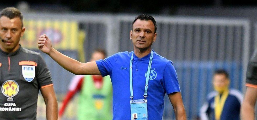 Toni Petrea, prudent înaintea meciului cu UTA. Sursă foto: gsp.ro