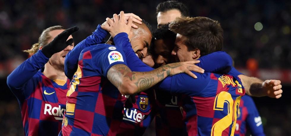Au luat-o razna!? Barcelona vrea un fundaș de la Arsenal. Sursă foto: goal.com