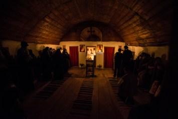 """Slujba de hram la Biserica de lemn """"Cuvioasa Paraschieva"""" din Crivina de Sus"""