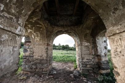 Turnul fostei biserici din Cacova