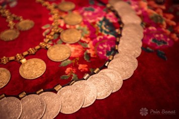 Necklace - The Marius Matei ethnographic collection