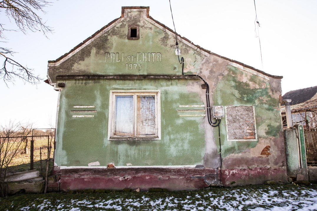 The house in Sârbova in which Chiţa currently lives