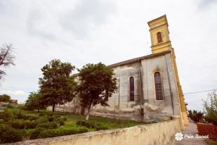 Biserica romano-catolică din Gottlob.Copyright: Prin Banat 2014-2015. TOATE DREPTURILE REZERVATE