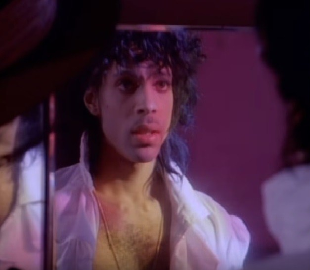PRINCEFAN046'When Doves Cry' vs 'When Thugs Cry'