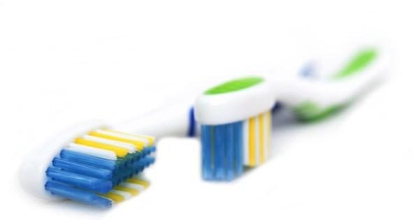toothbrush-1370781124qSx