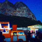 Food Truck at the 'Rof Jol' on Boxing Day; live bands, drinks and party people!