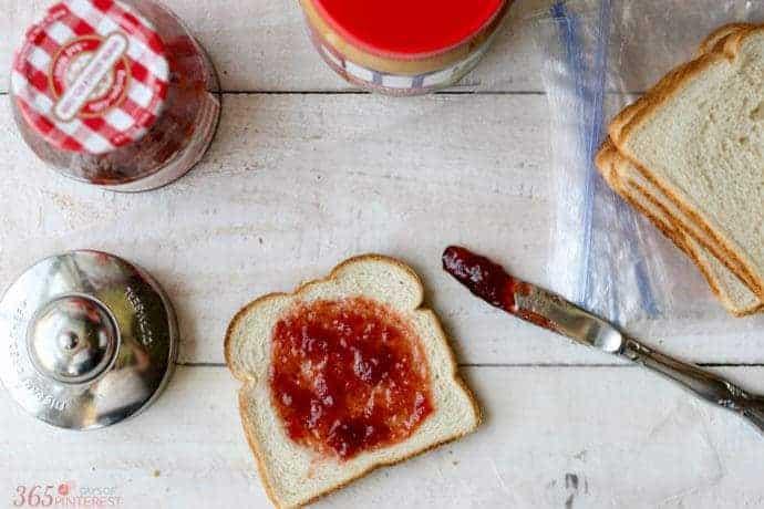 DIY freezer sandwiches for an easy school lunch box