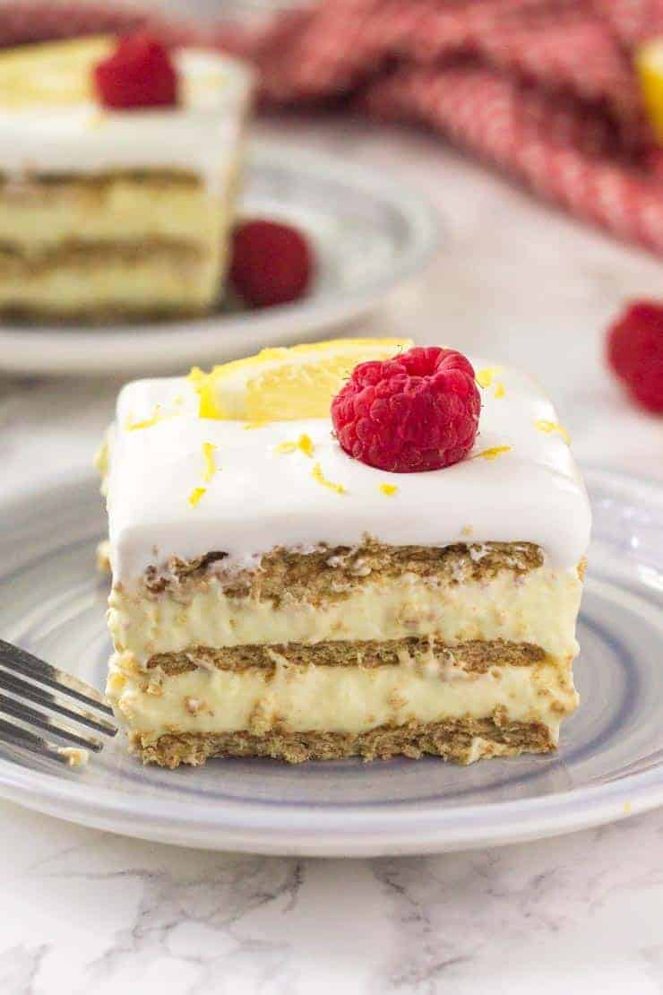 Lemon icebox cake close up picture