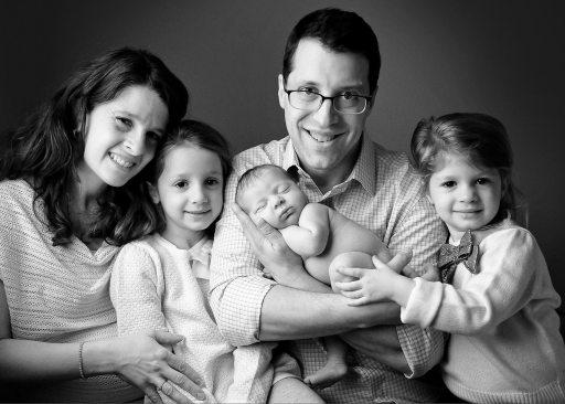 David Kessler, wife, and daughters
