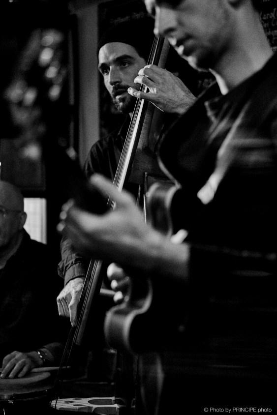 Sous Les Étoiles @ Les Amis Martin Dahanukar, trumpet Dimitri Howald, guitar Valentin von Fischer, double-bass Willy Kotoun, percussion © 15.10.2018 Patrick Principe