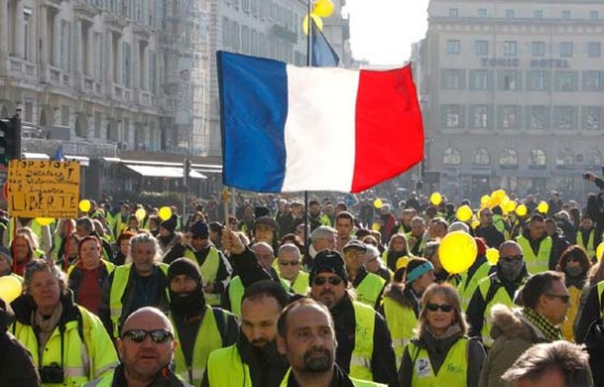 French Healthcare Workers Rebel Against Covid Vaccine En Masse Bvv